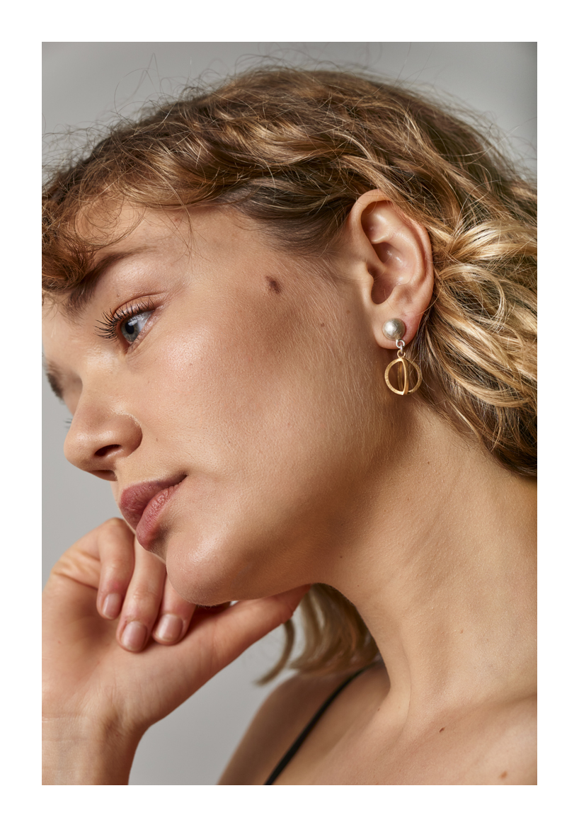 Source of Light Earrings, sterling silver, 18ct gold, 2018, Kate Alterio